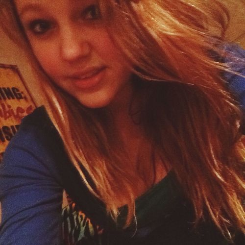 Hi! That's Me Bored Jus Taking Pics Selfie ;)