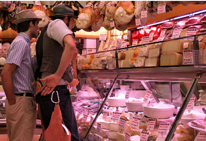 Formaggio Salumi Salumieformaggi Bolognadavivere Bologna Bologna, Italy Citylife Citycenter Food Food Photography