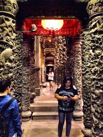 精緻生動,美妙絕倫的石柱數量冠全台。 Temples Chinese Art