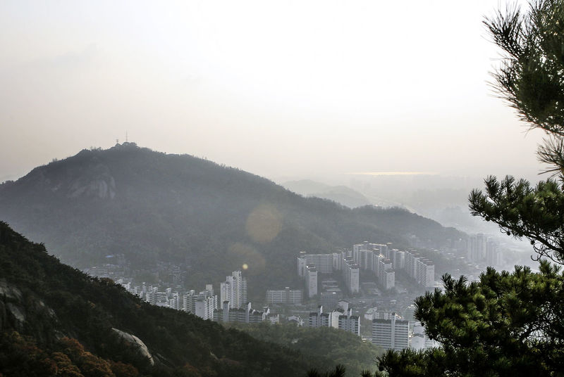 Ansan Copy Space Day Exploring Flare Fog Foggy Han River Hill Human Settlement Inwang Mountain Landscape Mist Mountain Mountain Range Outdoors Physical Geography Snow Trip Voyage Weather Winter