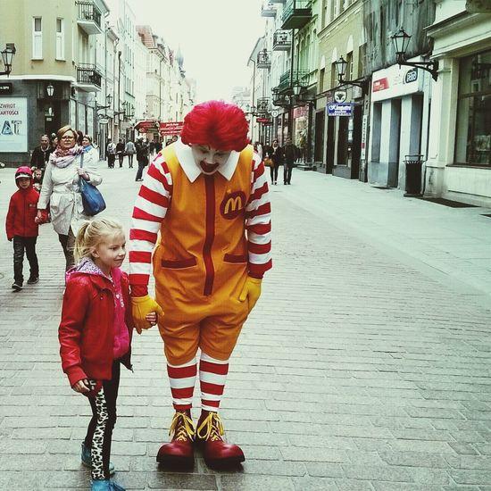 Ronald McDonald Streetphotography Clown Children