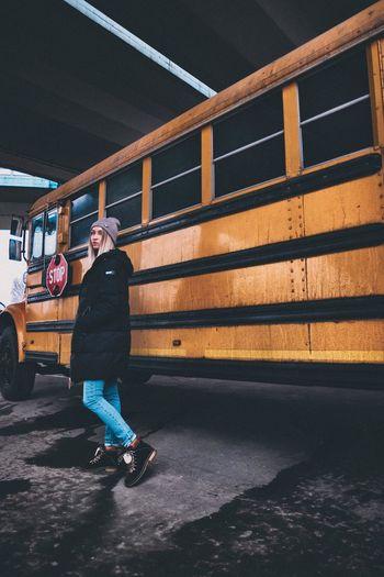 School bus photo session with the beautiful urban girl Asphalt Jeans Grunge Schoolbus Street Streetphotography Urban Yellow