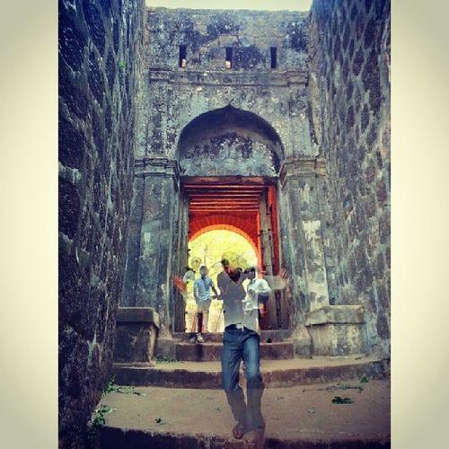 Hdrstylesgf Gfd_hdreffect Gf_daily Gf_india global_family exploringindia mtdc Vijaydurg fort shivaji konkan