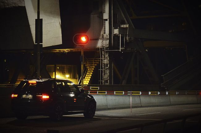 Stuck on a bridge. Bridge Car Low Key Nightphotography Dark