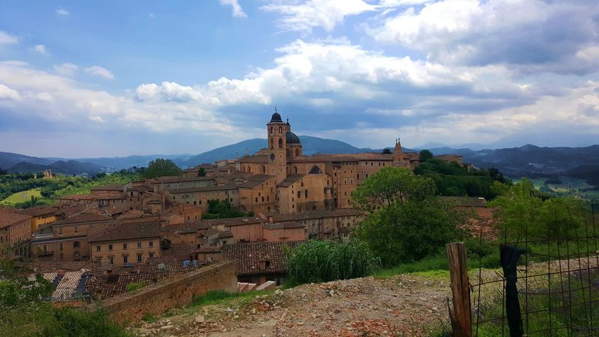 Amazing View Italia Old Town Architecture Built Structure Cloud - Sky Clouds And Sky Day History Italy Landscape Mountain Nature No People Outdoors Scenics Sky Tourism Tower Tree Urbino