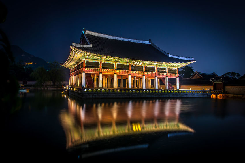 Nightscapes of Seoul, Korea. Kwanghwamun and Kyoungbok Palace Gyoungbok Palace Korea Kyoungbok Palace Nightphotography Nikon Seoul, Korea SeoulKorea Architecture Built Structure Gyoungbok Illuminated Kwanghwamun Night Nightscape No People Outdoors Seoul_korea