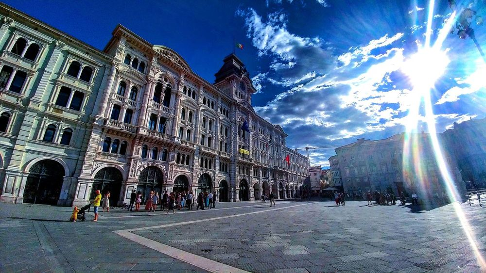 Italy🇮🇹 Architecture Square FlashingLights Sky And Clouds City Summertime People Outdoors City Life Building Exterior Old Architecture Sun First Eyeem Photo