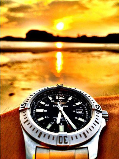 Breitling Sunset 針がまっすぐならもっといいんやけど。 First Eyeem Photo