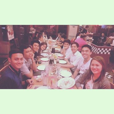 Had my lunch and dinner at Shakeys. UmayNa Goodfriends Alumni IABFSC Kamustahan
