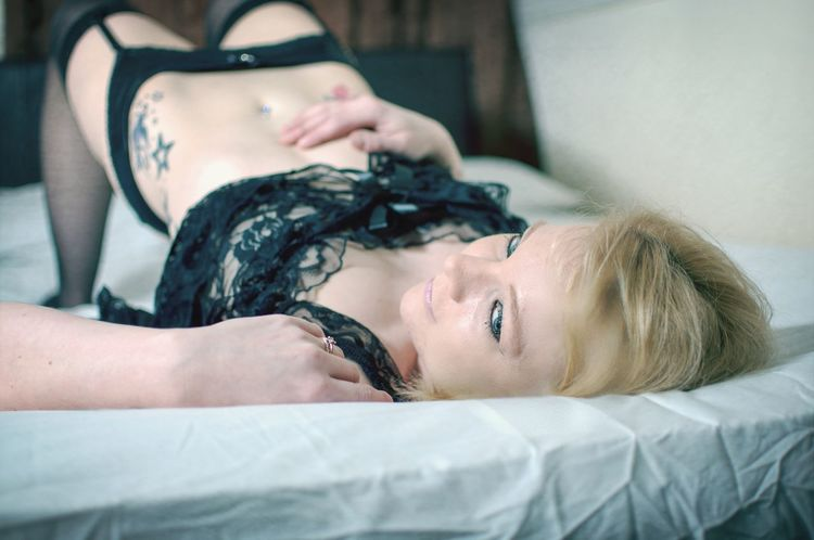 Model Tattoos Blonde Boudoir