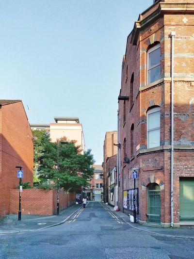 Otro bonito día para pasear en Manchester 😚 Que paséis muy buena noche 😊 Inglaterra Streetphotography England Calle Callejeando Street Building Edificio Vanishingpoint Punto De Fuga