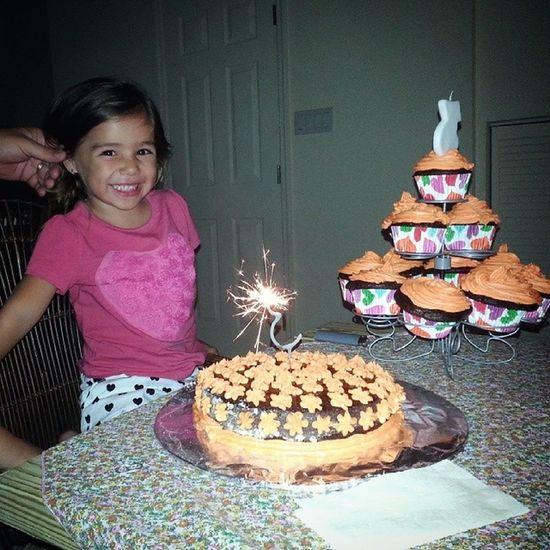 Happy Birthday Miranda!!! Birthday Birthdaygirl Threeyears Cake