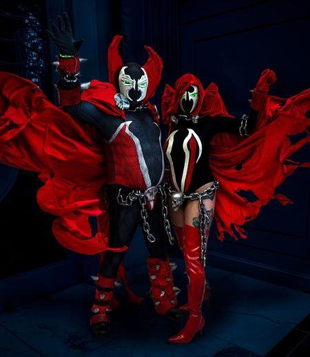 Katsucon 2019 Cosplayer Cosplay Spawn Katsucon 2019 Katsucon Red Real People Costume Standing Indoors  People Traditional Clothing Performance Clothing Mask Arts Culture And Entertainment Mask - Disguise Stage Festival