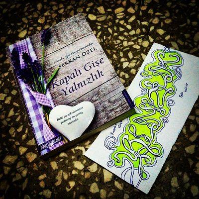Biraz tersten oldu canın sagolsundan sonra okumak. :)) Serkan Özel in okumadik kitabi kalmadı sanırım :)) 3 te 3 :)) SerkanÖzel Kapalıgişeyalnızlık Yalnızlık Graffiti Kitap Aşk Soz Sevgi