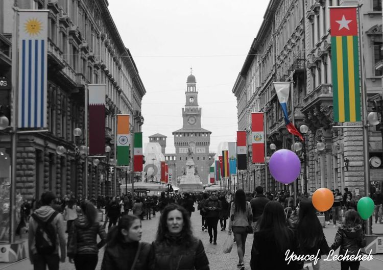Pursuit of colors Colors Pursuit  Milano Italy Beautiful Balloons Happy Flags Viadante People Underground City Life Blackandwhite Blackandwhite Photography Artistic