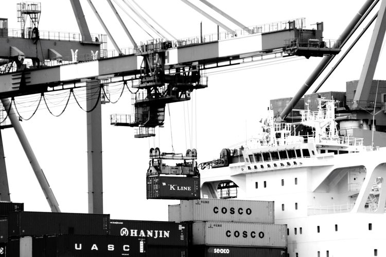 Containers / Container Port Ship Transportation Transport Genova Terminal Sea Mare Nave
