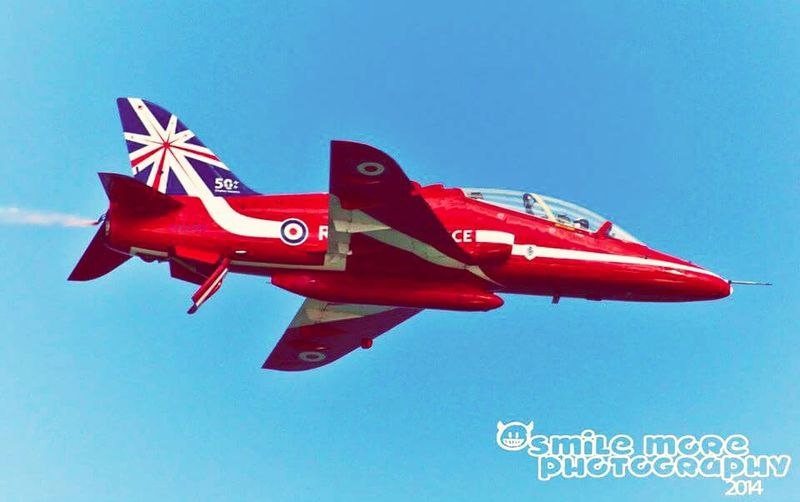 Love the red arrows. Check out my work on www.facebook.com/smilemorephotography Smile More Photography Red Arrows Raf