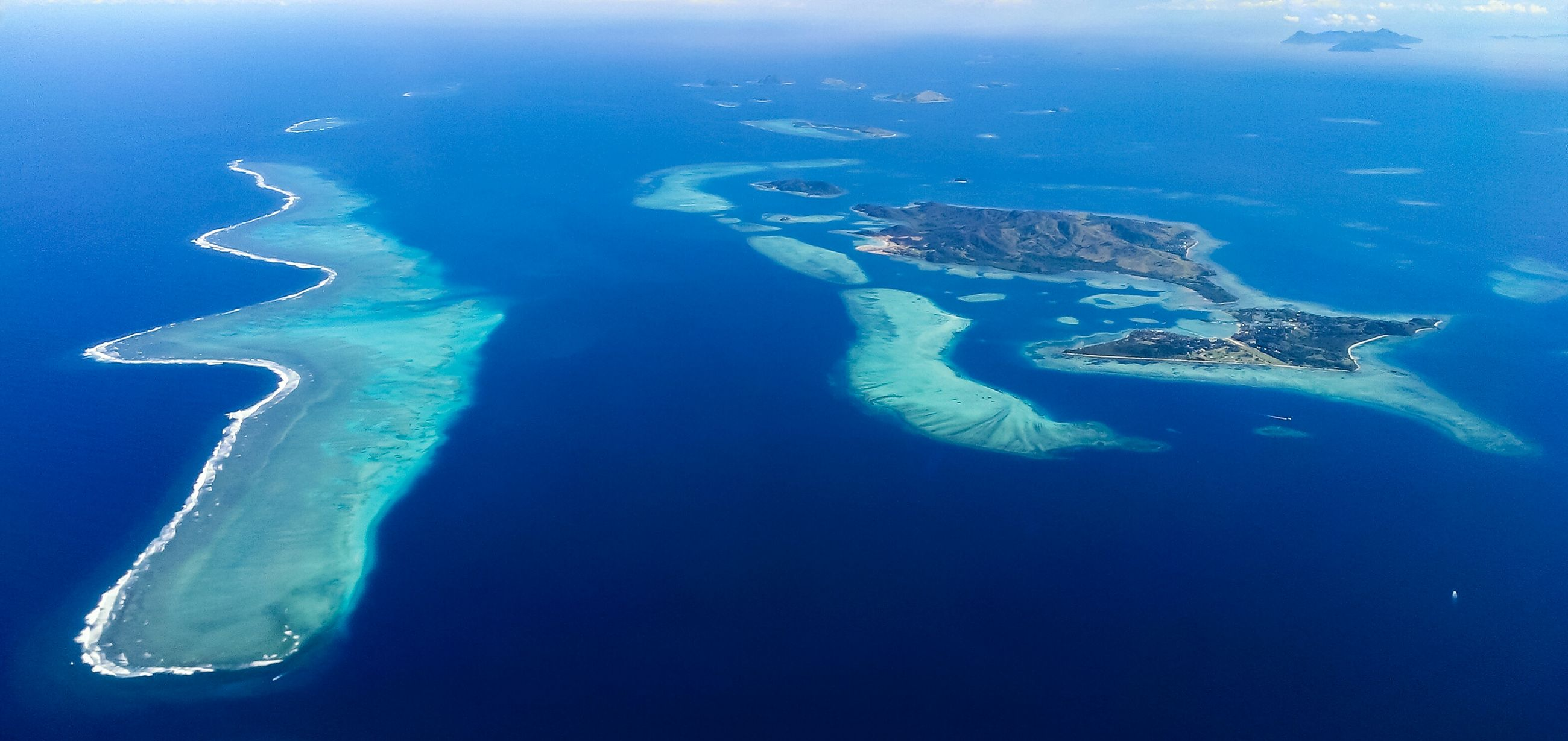 sea, water, blue, beauty in nature, tranquility, tranquil scene, scenics, nature, aerial view, horizon over water, underwater, high angle view, idyllic, undersea, turquoise colored, waterfront, coastline, seascape, sea life, ocean