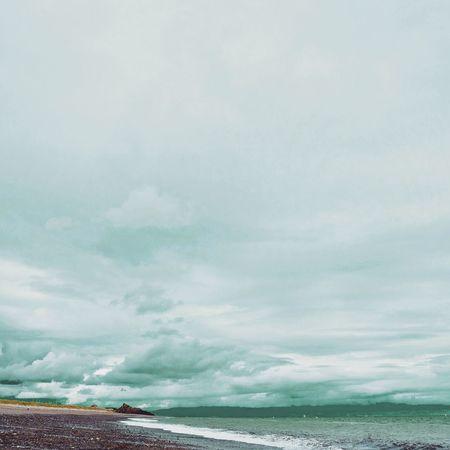 Pwllheli Beach North Wales Lleyn Peninsula Green Clouds Color Palette Color Palette