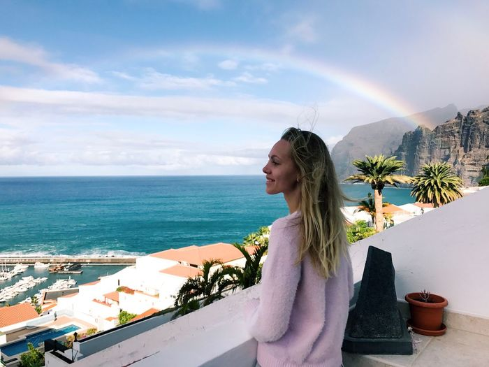 Sky One Person Young Women Young Adult Sea Water Leisure Activity Women Nature Real People Side View Lifestyles Day Standing Beauty In Nature Horizon Over Water Cloud - Sky Land Clothing Looking