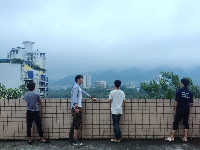 Meeting Friends Chatting Boy Taking Photos Blue Sky Chongqing Sky And Clouds The Street Photographer - 2016 EyeEm Awards Found On The Roll
