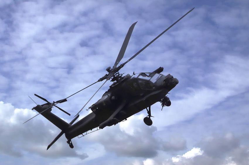 AH-64 Apache AH-64 Apache Apache Helicopter Ah-64 Attack Helicopter Vliegbasis Leeuwarden Leeuwarden Opendagen Luchtmacht 2016