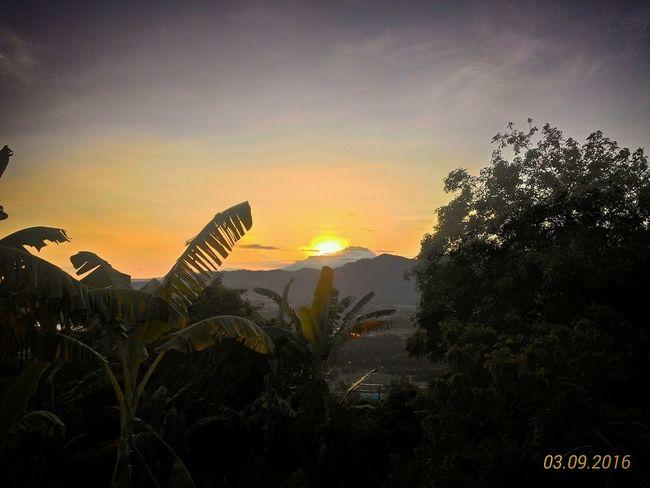 Mount Kinabalu. Relaxing Enjoying Life Check This Out Sunrise Mountain View Sunlight Shadows & Lights
