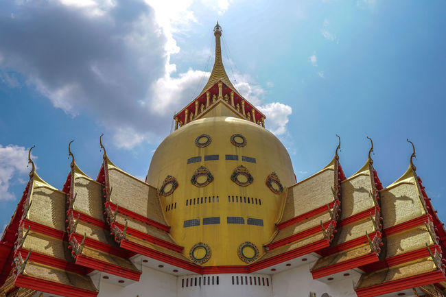 Wat Phrong-Akat (The buddhist temple in Chachoengsao district, Thailand) Chachoengsao Jedi City Time Place Of Worship Religion Ancient History Pagoda Myanmar Buddhist Temple Stupa Tower