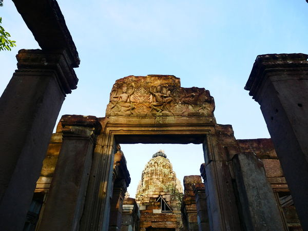 Old Ruin Travel Destinations Architecture Built Structure History Stone Material Religion Place Of Worship Ancient Cambodia Angkor Angkor Thom EyeEmNewHere Ancient Civilization Travel Tourism Gate Siemreap Siem Reap, Cambodia Siem Reap Old Town Arch Vacations Sky Tranquility