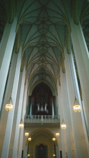 Arch Indoors  Religion Ceiling Place Of Worship Architecture Low Angle View No People Architectural Column Day