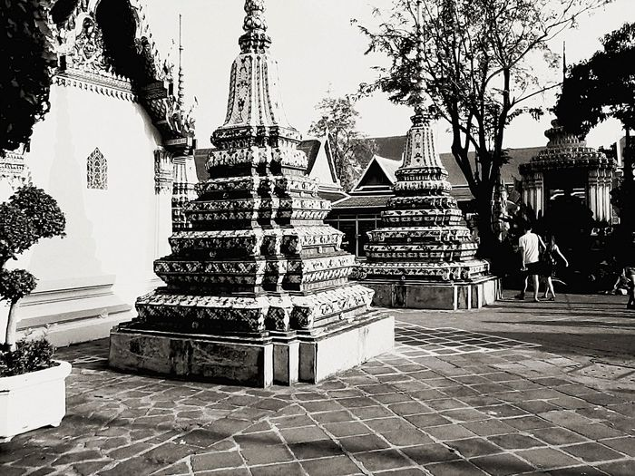 Architecture Monochrome Looking At Things Thailand_allshots Taking Photos