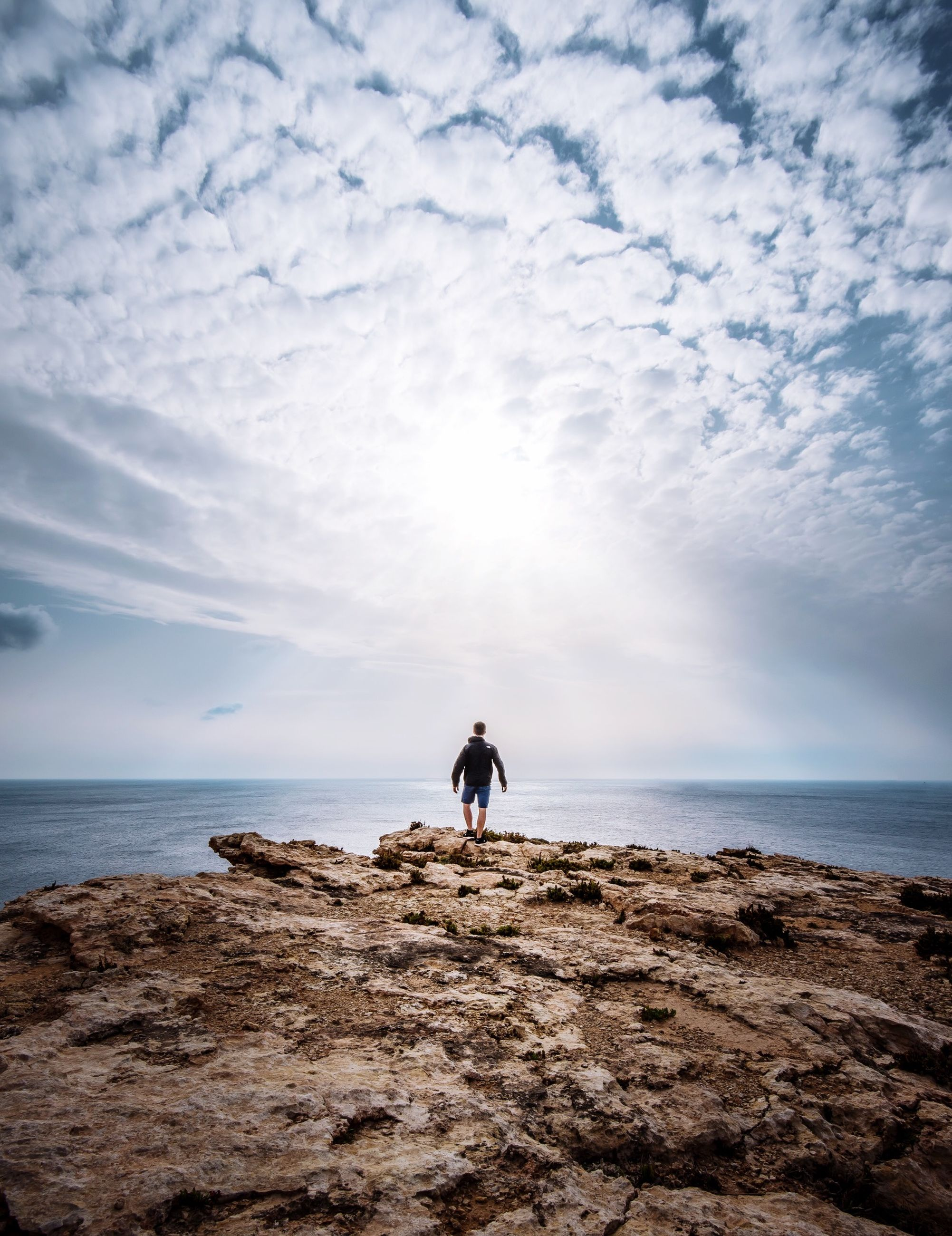 sea, horizon over water, sky, water, beach, cloud - sky, tranquil scene, scenics, tranquility, full length, rear view, shore, beauty in nature, standing, nature, dog, cloud, lifestyles