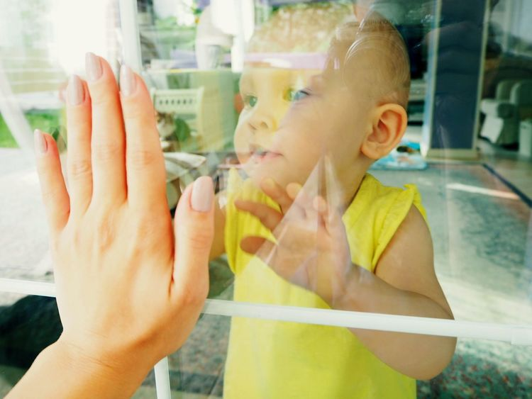 Window Human Hand Close-up Window Reflections Glass Reflection Reflection Reflection And Refraction Babygirl Toddler  Toddlerlife Mother & Daughter Blue Eyed Baby Hand On Hand Baby Hand Two Hands Family Happiness Cute Baby Multi Colored Domestic Life Paint The Town Yellow Home Lifestyle Kids Mix Yourself A Good Time Be. Ready. Inner Power