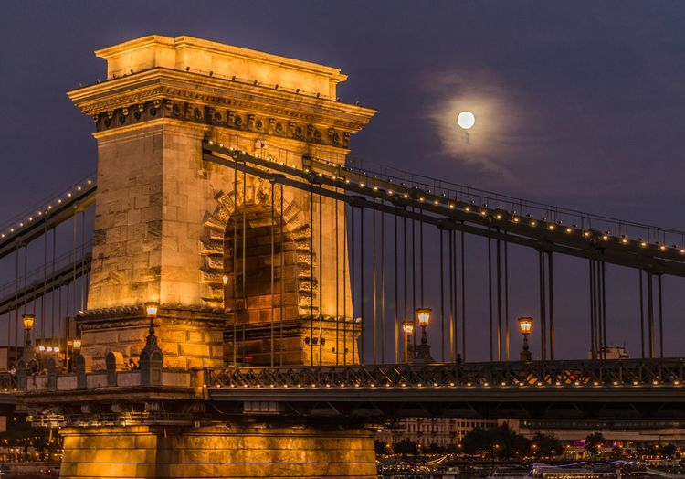 Hungary Budapest Night Bluehour Chainbridge Bridge