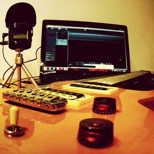 Recording session Desks From Above Music Musician Guitar Guitarist Recording Session PRS My Hobby Mywork Mylife Relaxing Vintage Orange Eye4photography  EyeEm Best Shots