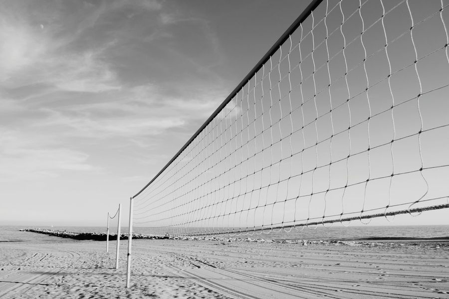 Beach Beachphotography Beach Life Beach Time Beachlife Beach Photography Sand El Campello Far Moon Blackandwhite Black & White Blackandwhite Photography Enjoying Life Clouds And Sky Sport Sports Sport Time Sport Beach Voleyball Voley Web Webdesign Perspective Perspectives Point Of View