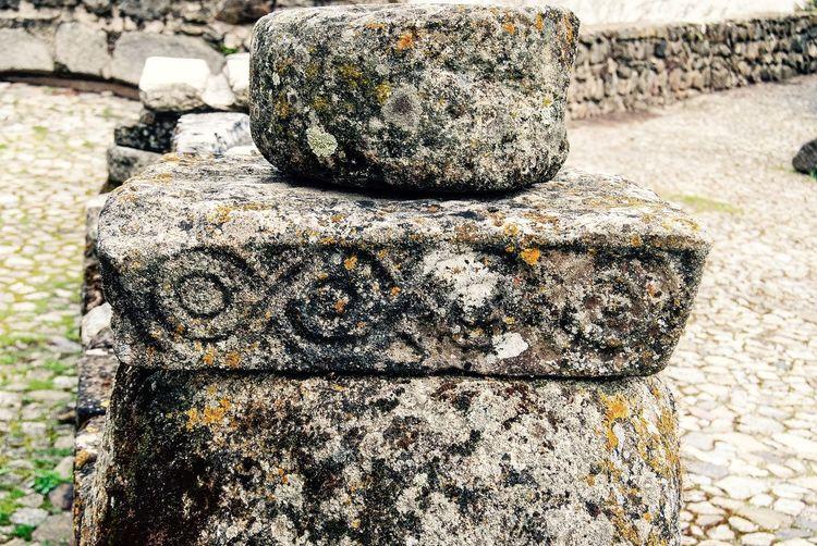 Visigotich Shaped Rocks liquen Liquen Rock