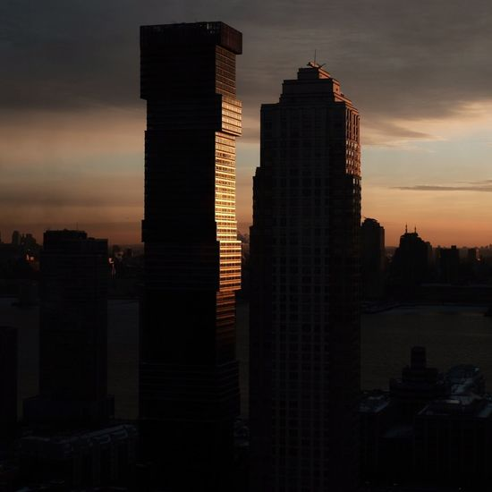 Jersey City Sunrise Sooc - Straight Out Of The Camera Square Format Lovers Square Format Fujifilm X100f Fujifilm Sunrise Architecture New Jersey Jersey City Urban Landscape Sky City Cityscape Urban Skyline