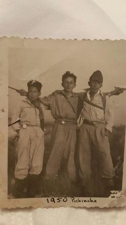 My father to the right with his brother in the center. Hiking in Quito, Ecuador 1950 Ecuador Manabí Portoviejo Loor