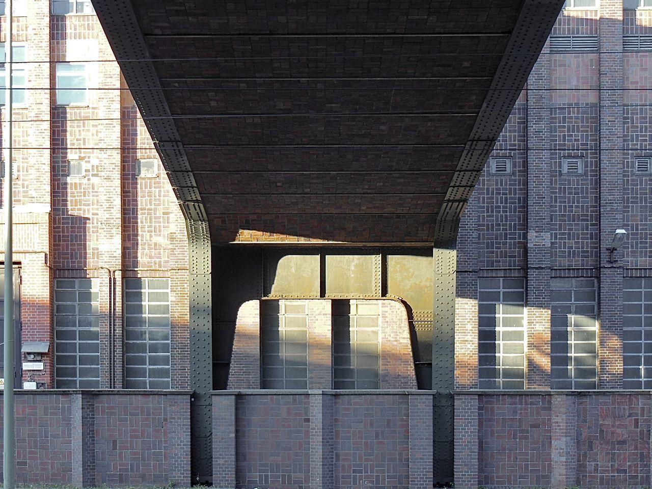 VIEW OF MODERN BUILDINGS