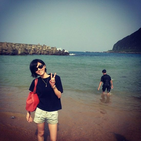 Holiday Beach Travel Keelung 外木山 with friends 我春假終於出去玩了??