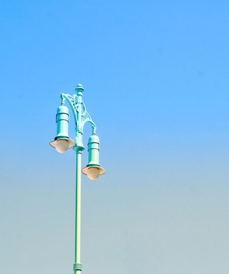 Blue lantern Berliner Ansichten Minimalism Lantern Old Lantern Morning Sky, Springtime Clear Sky Blue Sky