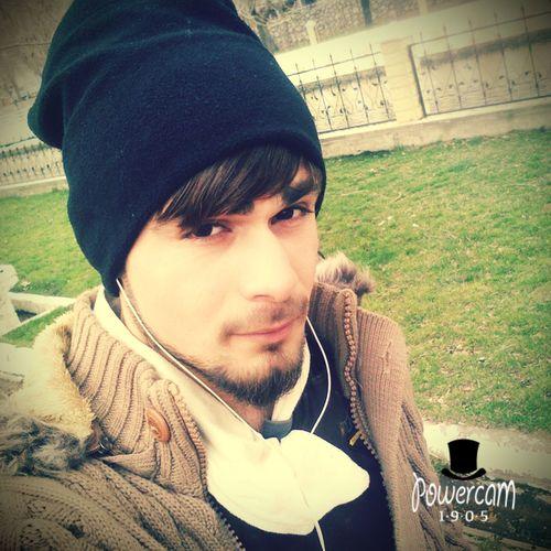 Sigara gibi olacaksın bu hayatta üzerinde öldürür yazacak ama vazgeçilmez olacaksın.. ! First Eyeem Photo