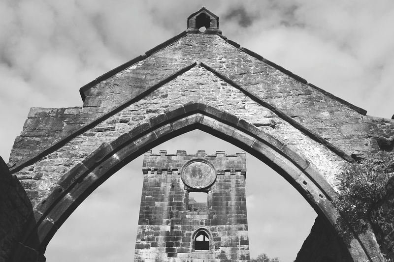 EyeEm Selects Architecture Built Structure History Arch Travel Destinations Building Exterior Cloud - Sky Low Angle View Old Ruin Travel Sky Ancient Civilization Outdoors Day No People City Church Architecture Church Ruins