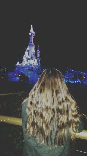 That's Me Hi! Disneyland Enjoying Life Beauty Taking Photos Disney Disneyland Paris Castle Memories