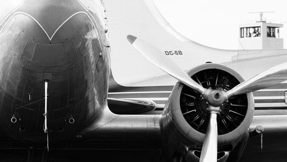 Classic DC 3 Dc 6 ILA Berlin Air Show 2014 Transporter Airplane Airplanes Airport Classic Planes Mode Of Transport Old-fashioned Transportation Travel Black And White Friday