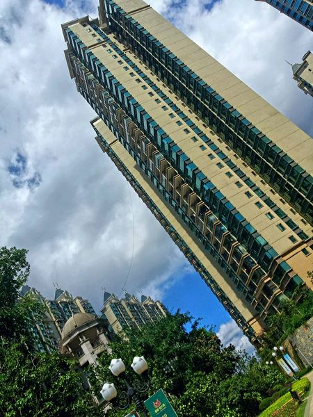 Tall buildings in a very nice place i trully loved where i work.. Buildings & Sky Nature Enjoying Life Guiyang