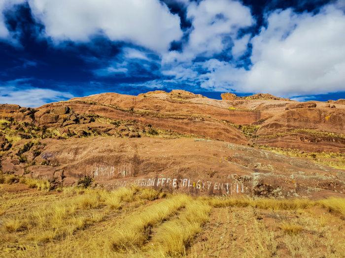 Llanura en las alturas Puno Altiplanic Plain Plain Background Sunny Sunny Day Cusco Peru Nature Wild TOWNSCAPE Sunbath Sand Dune Mountain Arid Climate Blue Remote Extreme Terrain Sky Landscape Cloud - Sky Semi-arid Rocky Mountains Rock Formation Arid Landscape Arid Canyon Rock Hoodoo Geology Eroded