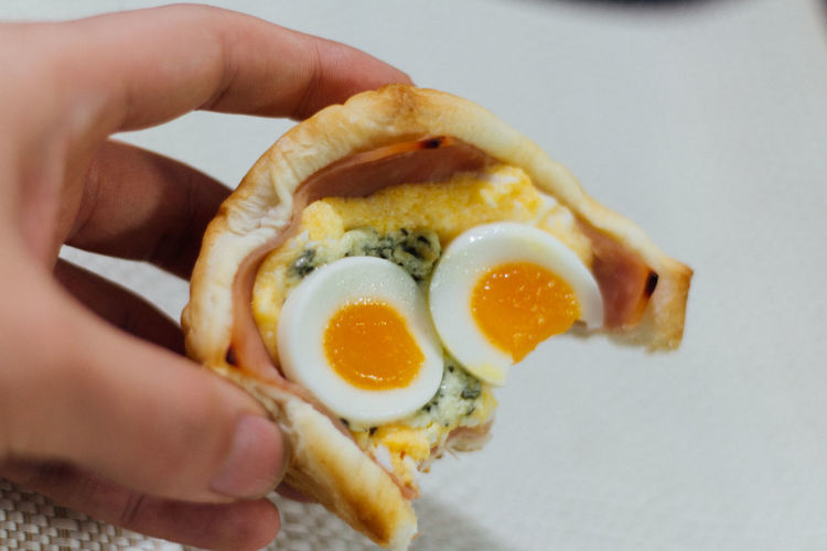 Sandwich with half boil egg and ham