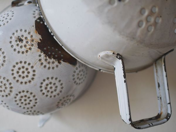 Still Life Photography Object Photography Utensils Used For Food Kitchen Utensil Utensils Kitchen Things Rusty Rust Rustic Rustic Style Shabbychic Interior Strainers Shabby Strainer Strain On The Wall Shabby Chic